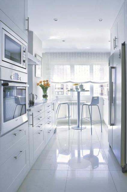 las mejores ideas  decorar cocinas pequenas cocina pablo cocinas cocina estrecha