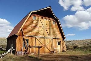 Hoop Buildings Vs  Pole Barns