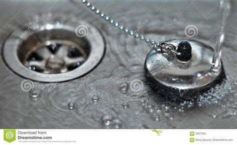water stop plug sink gootsteen dispersore inserisca acqua met