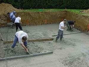 piscine hors sol beton aspect bois 3 construire sa With construire sa piscine hors sol soi meme