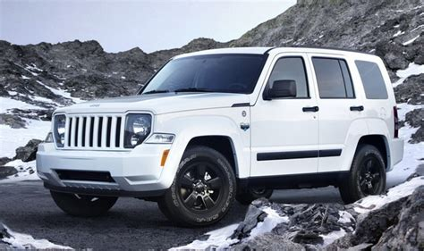 jeep liberty white 2017 nhtsa investing faulty airbag system in jeep liberty
