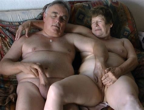 Branle_496  Porn Pic From Mature Couple Masturbating