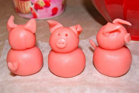 cochon en pate d amande 3 comme coucou hibou