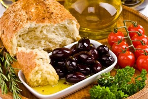 More Reasons To Eat A Mediterraneanstyle Diet  Eat + Run