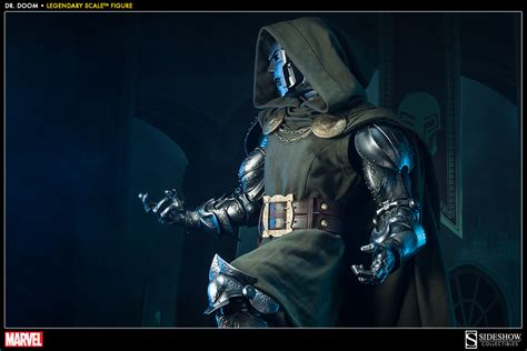 Marvel Doctor Doom Legendary Scale(TM) Figure by Sideshow