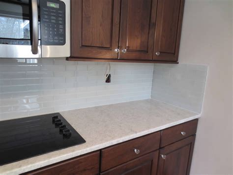 kitchen backsplash tile with white cabinets kitchen backsplash ideas white cabinets brown countertop