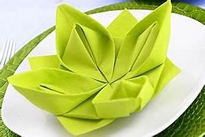 Servietten Blumen Falten : servietten falten anleitung seerose seerose oder auch lotusblume wird diese figur bezeichnet ~ Watch28wear.com Haus und Dekorationen