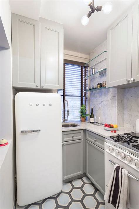 kitchen oven cabinets reilly s home appliances smeg fab28 271 litre retro 2389