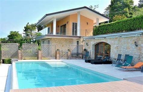Häuser Mieten Gardasee by Ferienhaus Italien Mit Pool 7 Personen Torri Benaco