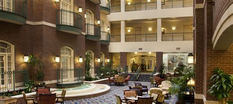 hotels  wichita ks hotel   town wichita kansas