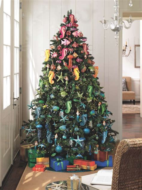 Christbaum Schmücken Ideen by How To Trim Your Tree Like A Pro And Some