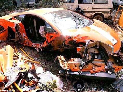 Ferrari california accident along bayfront avenue. Get, set, crash: It didn't end well for these super cars in India | india | Hindustan Times