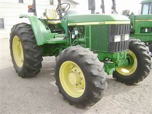 Maquinaria Agricola Industrial  Mov09273 Tractor John