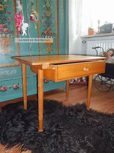 Kleiner Schreibtisch Mit Schublade : antiker kleiner tisch mit schublade tischchen holztisch mit linienmalerei ~ Indierocktalk.com Haus und Dekorationen