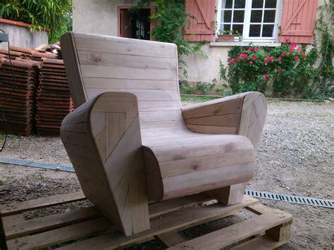 de fauteuil de bureau recyclage palette en fauteuil creation palette