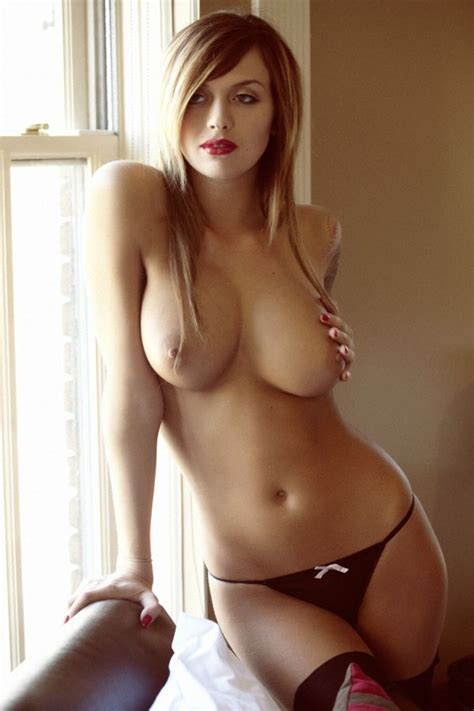Sweet Blonde Girls Posing Topless