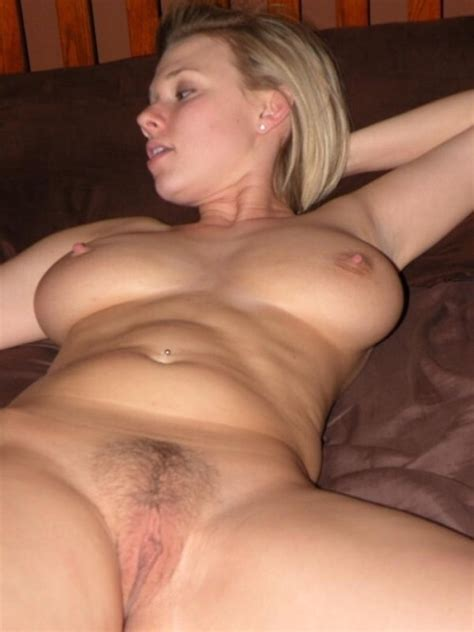 Blonde Wife Exposed Nude And Looking Good Porno Pics