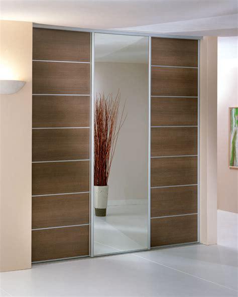 porte de placard de cuisine sur mesure adapter une porte coulissante pour placard