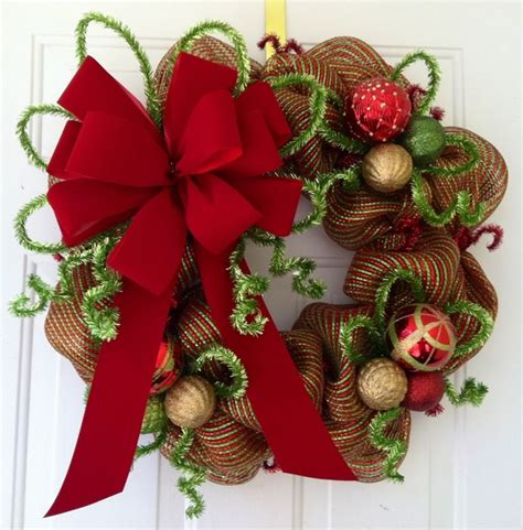 christmas wreaths decorating ideas  ribbons  bows
