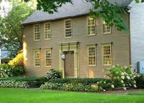 Delightful New Colonial Homes by Pin By Pam Jody On Landscape Curb Appeal