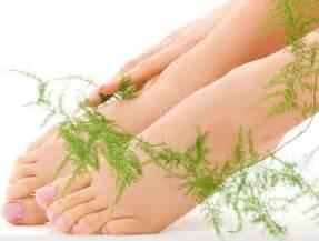 Чем лечить запущенный грибок ногтя на ноге
