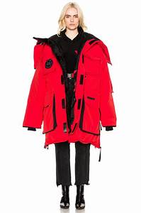 Lyst Vetements X Canada Goose Oversized Fold Up Parka In Red