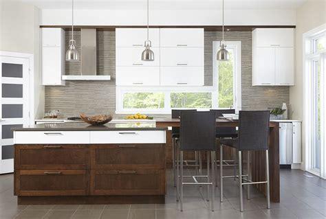 armoire de cuisine en pin armoires de cuisine contemporaine en mdf blanc et merisier