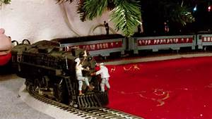 Lionel O Gauge    Scale Polar Express Train Set Layout In