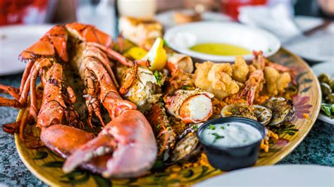 cuisine meaning what are the best days to order seafood in a restaurant