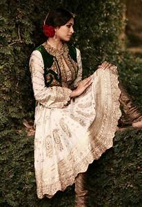 161 best Indian Haute Couture images on Pinterest | Indian ...