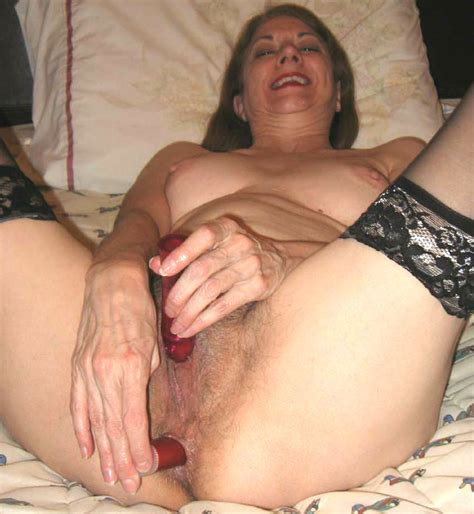 mature woman uses anal beads and sex toys to get her hairy pussy off