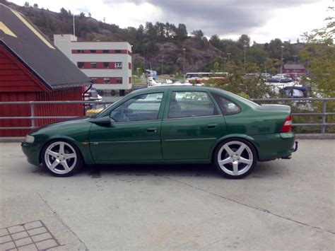 Opel Vectra B by 1997 Opel Vectra B Pictures Information And Specs