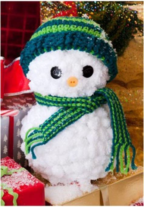 easy yarn snowman  crocheted hat  scarf