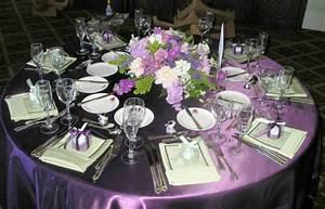 Tischdeko Runder Tisch Hochzeit : hochzeitsdeko f r tisch 65 coole ideen ~ Orissabook.com Haus und Dekorationen