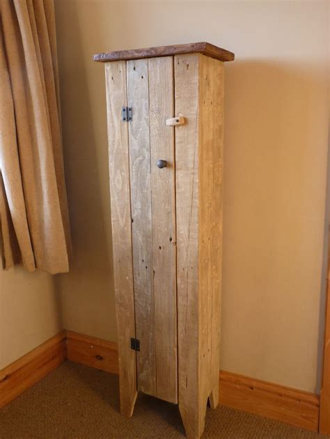 Tall jelly cupboard, pallet wood   Crafts   Pinterest