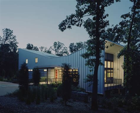 House Design Reality Show by Bowtie House Demx Architecture Archdaily