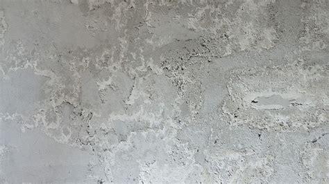 comment traiter le salpetre sur un mur interieur le salp 234 tre sur les murs comment le traiter