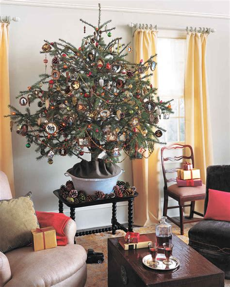 Tree Decorating Themes - 27 creative tree decorating ideas martha stewart