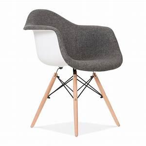 Stühle Im Eames Stil : upholstered grey daw style chair cult uk ~ Indierocktalk.com Haus und Dekorationen