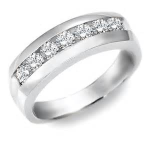 where to buy mens wedding band keelee 39 s while couples spend a pretty shopping for engagement rings at