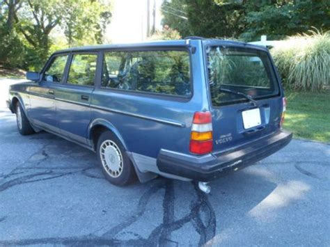 sell used 1993 volvo 240 wagon 3rd seat no rust new brakes no reserve in silver