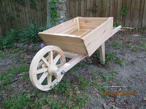 wooden wheelbarrow wheels plans diy   bed