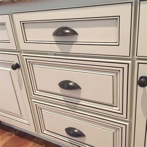 how to glaze painted cabinets what is cabinet glazing bella tucker decorative finishes
