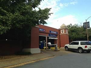 Garage Saint Louis : 3634 laclede ave garage parking in saint louis parkme ~ Gottalentnigeria.com Avis de Voitures