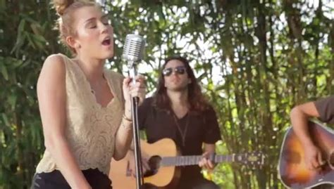Miley Cyrus Wows With Stripped Down Version Of 'lilac Wine