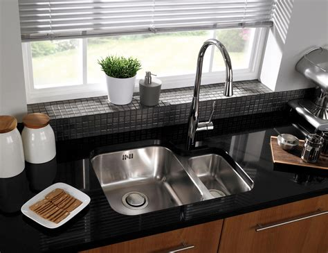 undermount kitchen sinks uk astracast edge d1 1 5 bowl polished stainless steel 6597