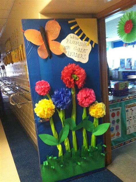 Classroom Door Decorating Contest Ideas by 25 Best Ideas About Classroom Door On