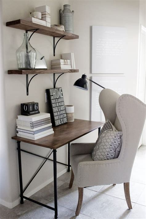 Decorating Ideas For Small Bedroom Office by Best Small Home Offices Ideas On Home Office