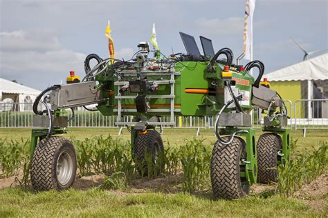 awesome kitchen knives 5 agro bots that will change farming and the agriculture