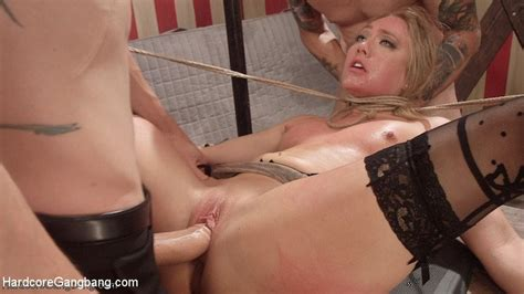 Aj Applegate Gets Double Penetrated Pichunter